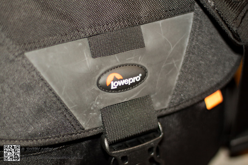 review_LoweproD400AW_03.jpg
